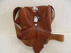 Afbeelding van 1 Bruine leren tas met  flap